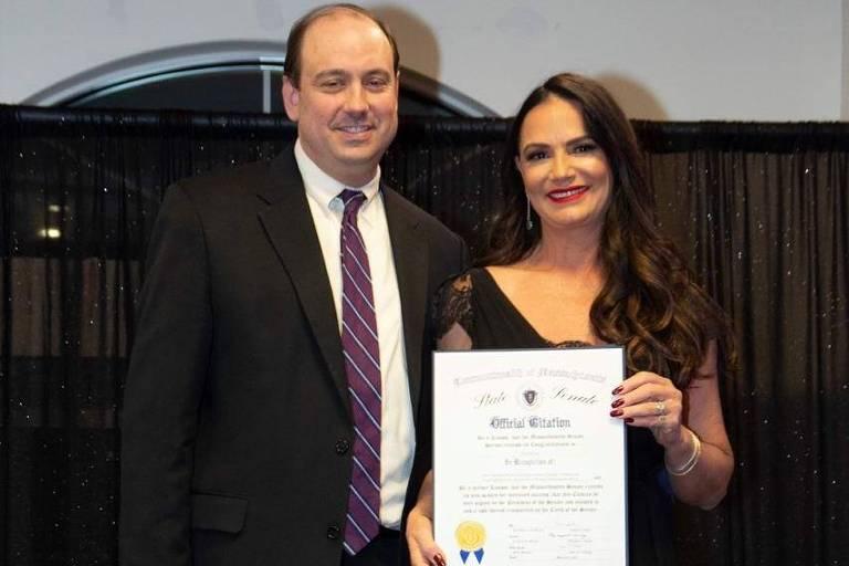 Luiza Brunet é homenageada pelo estado de Massachusetts nos EUA