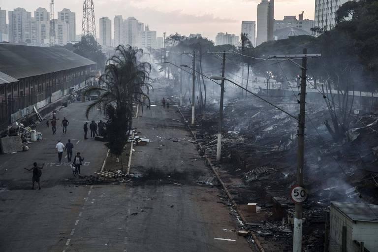 Incêndio na favela do Cimento