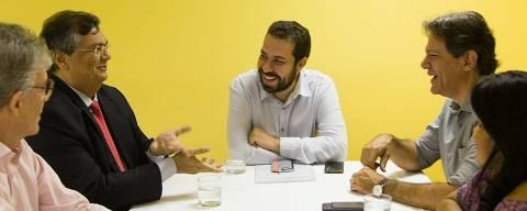 o ex-governador da Paraíba Ricardo Coutinho (PSB), o governador do Maranhão, Flávio Dino (PC do B), os ex-presidenciáveis Guilherme Boulos (PSOL) e Fernando Haddad e Sônia Guajajara em encontro em Brasília
