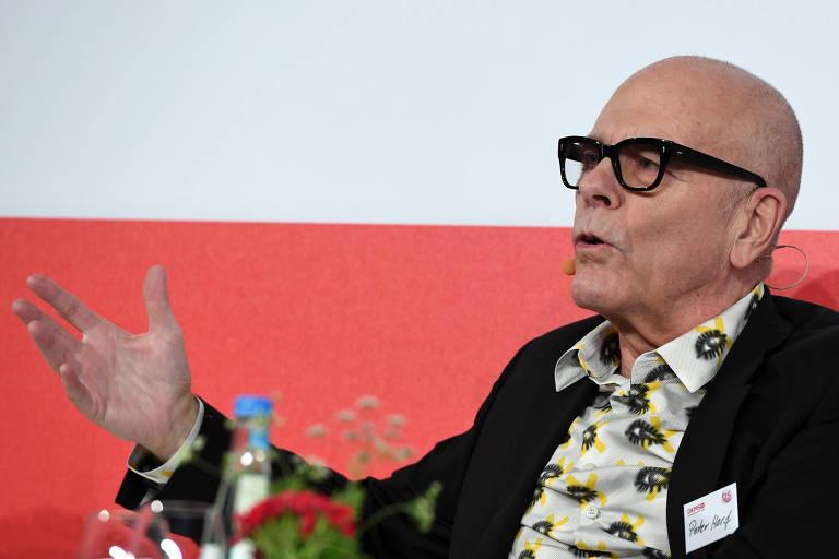Peter Harf, porta-voz da família e um dos dois sócios gerentes da JAB Holding, durante conferência em Berlim