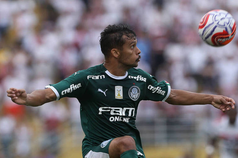 O meia-atacante Gustavo Scarpa marcou dois gols na goleada do Palmeiras por 5 a 0 sobre o Novorizontino