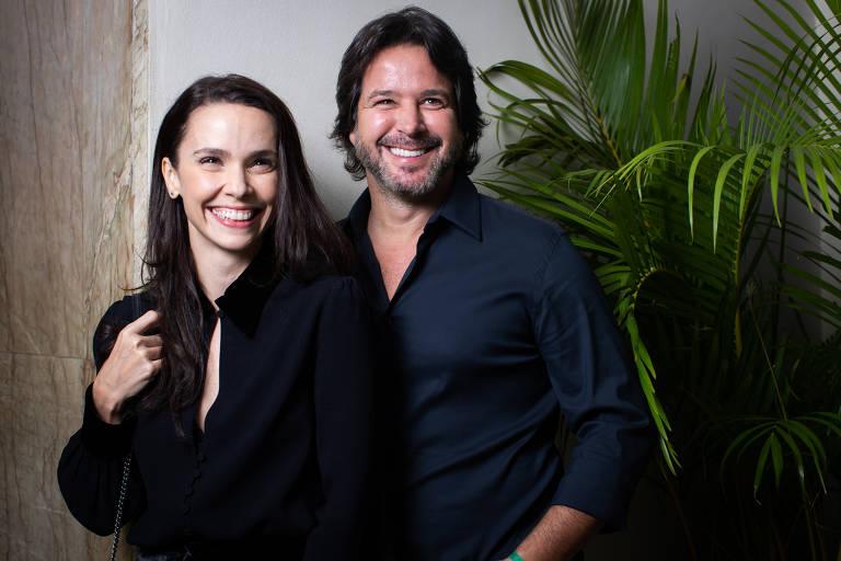 """Os atores Débora Falabella e Murilo Benício em evento de lançamento da novela """"Se eu Fechar os Olhos Agora"""", minissérie da Globo"""