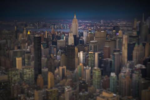 A região de Midtown Manhattan, em Nova York, vista a partir de helicóptero