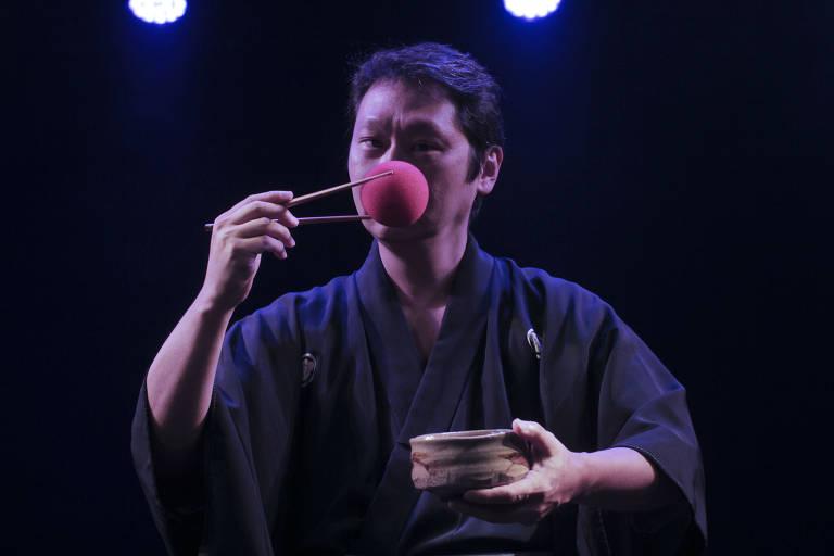 Espetáculo traz técnicas do teatro japonês para se fazer compreensível