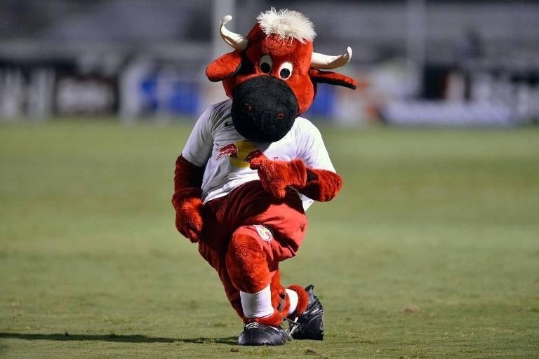 O mascote do Red Bull Brasil, Toro Loko, está de mudança para Bragança Paulista
