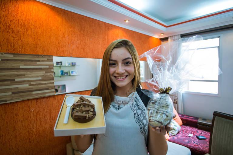 Lara Almeida faz ovos de páscoa para presentear e também para vender