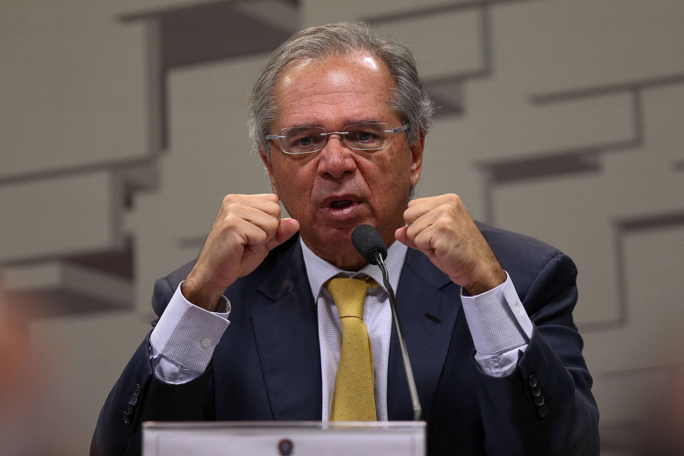 O ministro da Economia, Paulo Guedes, participa de audiência da Comissão de Assuntos Econômicos do Senado