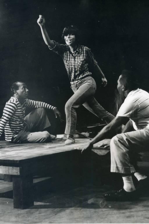 Zé Keti, Nara Leão e João do Vale em ensaio do espetáculo Opinião