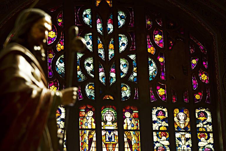 Vitrais da igreja do Mosteiro de São Bento