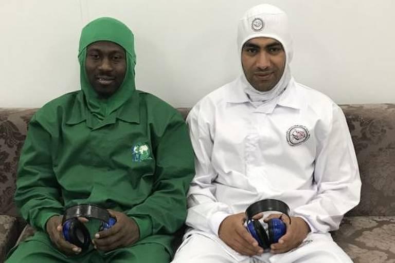 Funcionários abatedores de carne halal