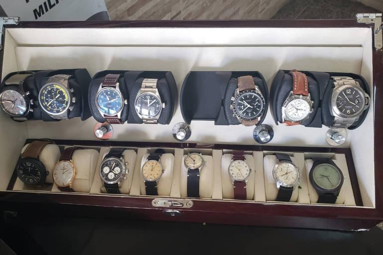 Polícia recupera relógios roubados