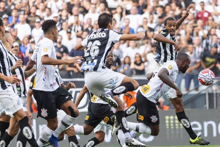 Santista e corintianos se enfrentam nesta quarta-feira na Vila Belmiro para subirem na tabela do Brasileirão