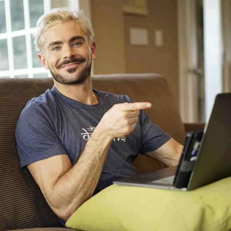 Zac Efron como YouTuber