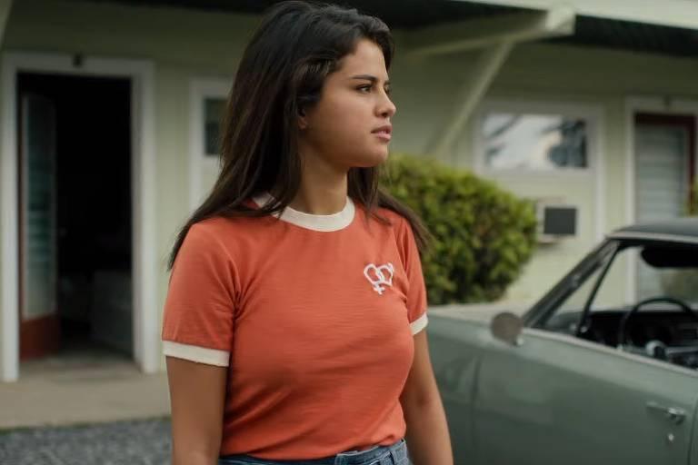 Selena Gomez em cena do filme de zumbis
