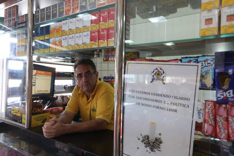 Os panificadores da capital e Grande SP fazem boicote ao cigarro. Hermínio Alonso Bernardo é proprietário de duas padarias em Guarulhos e aderiu ao protesto
