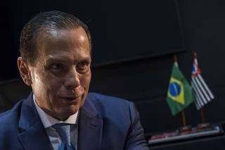 O governador de SP, João Doria, em seu gabinete no Palácio dos Bandeirantes