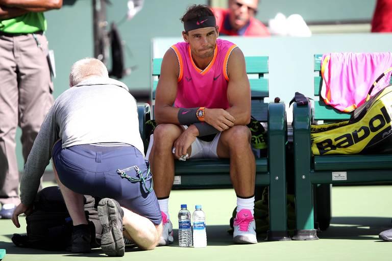 Tênis chega ao saibro com Federer e dúvidas sobre Nadal e Serena