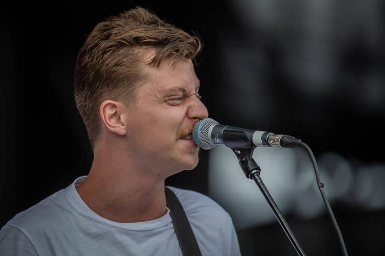 Scalene se apresenta no primeiro dia do Lollapalooza 2019