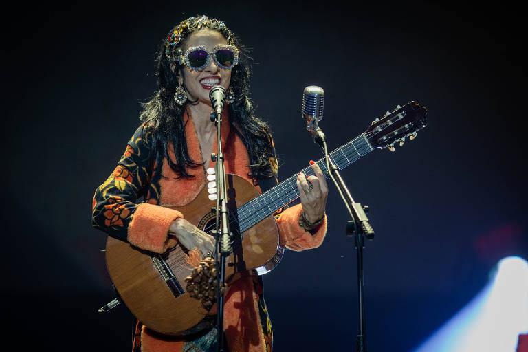 Marisa Monte,durante show da banda Tribalistas, no palco Budweiser, no primeiro dia do festival Lollapalooza, no Autódromo de Interlagos, em São Paulo