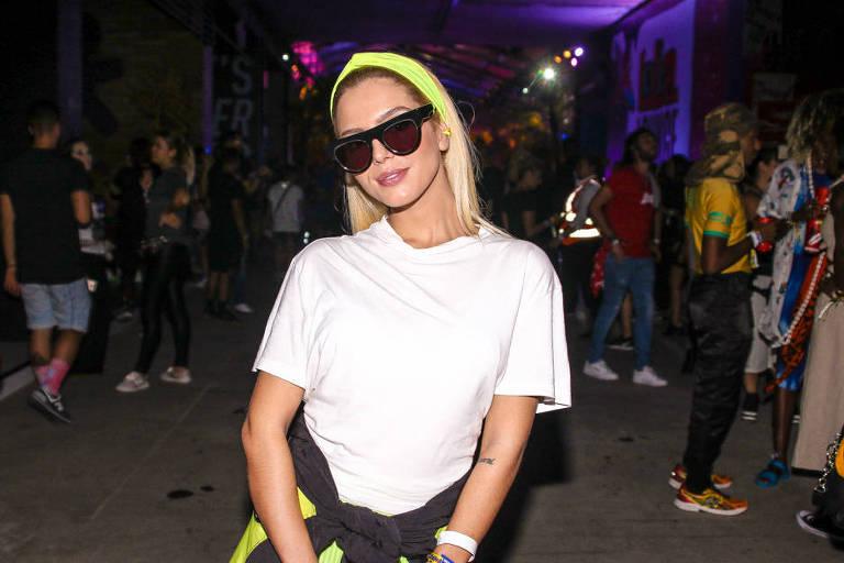 Giovanna Lancellotti e outros famosos circulam pelo Lollapalooza 2019 no primeiro dia do festival