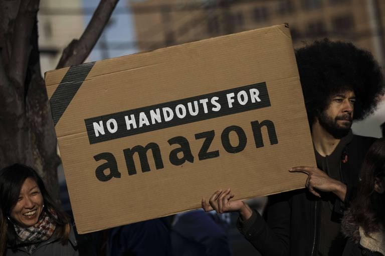 Comunidade do Queens comemora desistência da Amazon de construir nova sede em Nova York