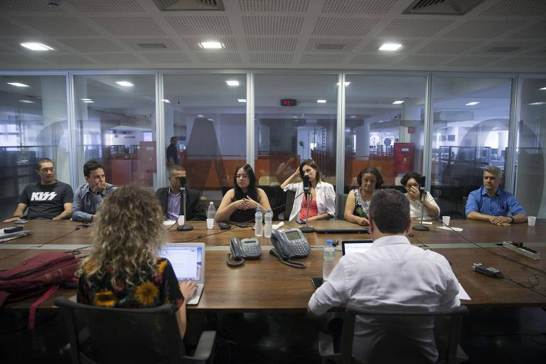 Grupo de apoiadores de Bolsonaro na Redação, para uma conversa sobre os 100 dias de governo
