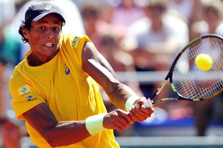 Feijão durante o jogo contra Mayer pela Copa Davis, em 2015