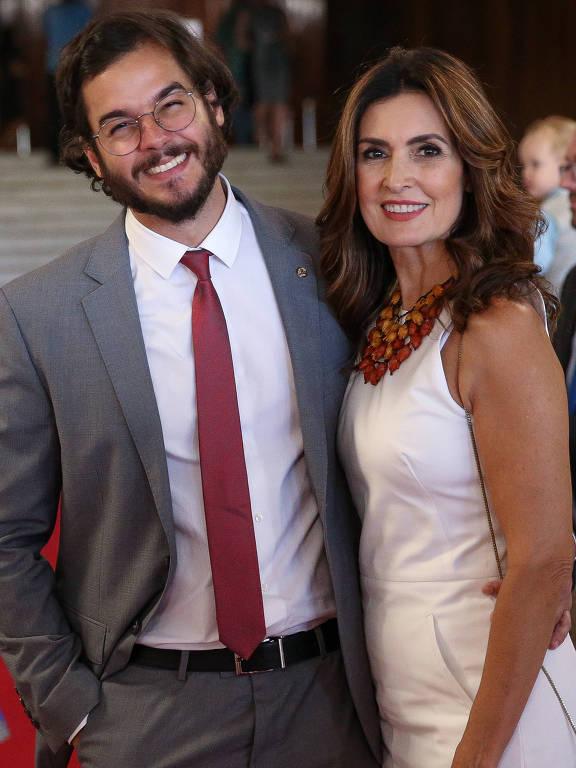 Fátima Bernardes e Túlio Gadêlha - Oficial