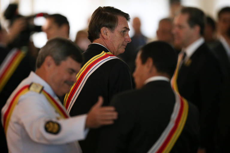Jair Bolsonaro em cerimônia de comemoração ao aniversário da Justiça Militar e de entrega de comendas, no DF