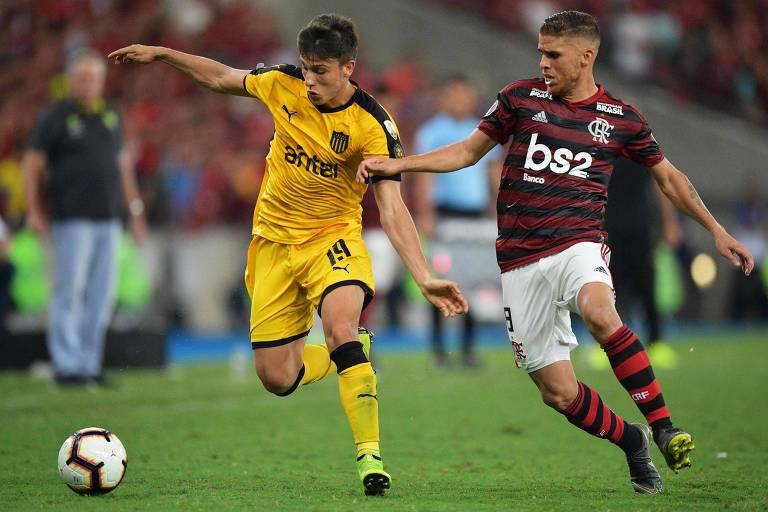 Flamengo e Peñarol em duelo pela fase de grupos da Copa Libertadores