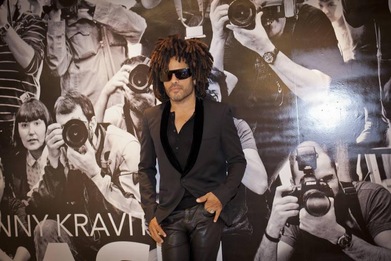 "Abertura da mostra ""Flash"", do cantor Lenny Kravitz"