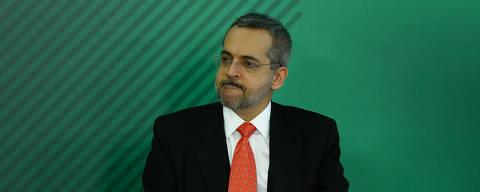 BRASÍLIA, DF, 09.04.2019 - Cerimônia de posse do ministro da Educação, Abraham Weintraub, no Palácio do Planalto, em Brasília (DF). (Foto: Pedro Ladeira/Folhapress)