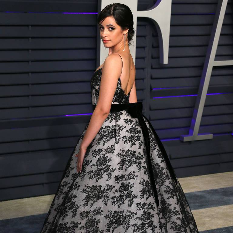 Camila Cabello no Vanity Fair Oscar Party 2019