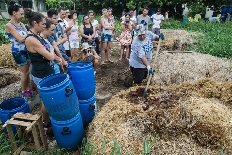 Centro de compostagem em Florianópolis, aonde resíduos orgânicos são levados
