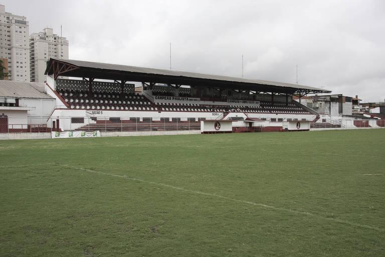Estádio Conde Rodolfo Crespi tem capacidade para quatro mil pessoas
