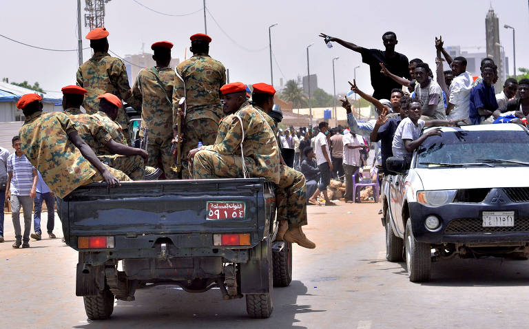 Forças Armadas do Sudão destituem o presidente Omar al Bashir