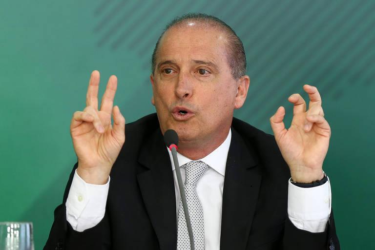 O ministro-chefe da Casa Civil, Onyx Lorenzoni, fala sobre os cem dias de governo Bolsonaro em cerimônia no Palácio do Planalto