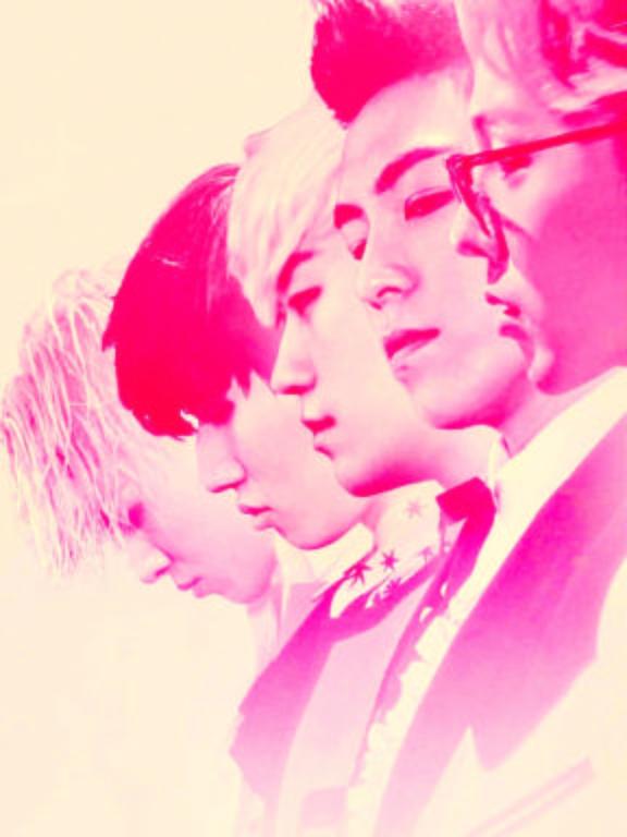 Os integrantes da banda Bigbang; Seungri, ao centro, foi acusado de vazar filmes de sexoDivulgação