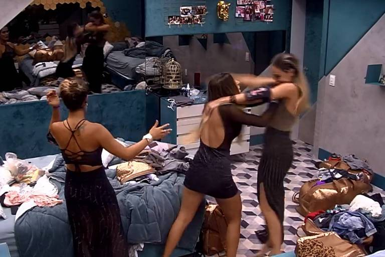 Hariane empurra Paula no BBB 19 e é expulsa