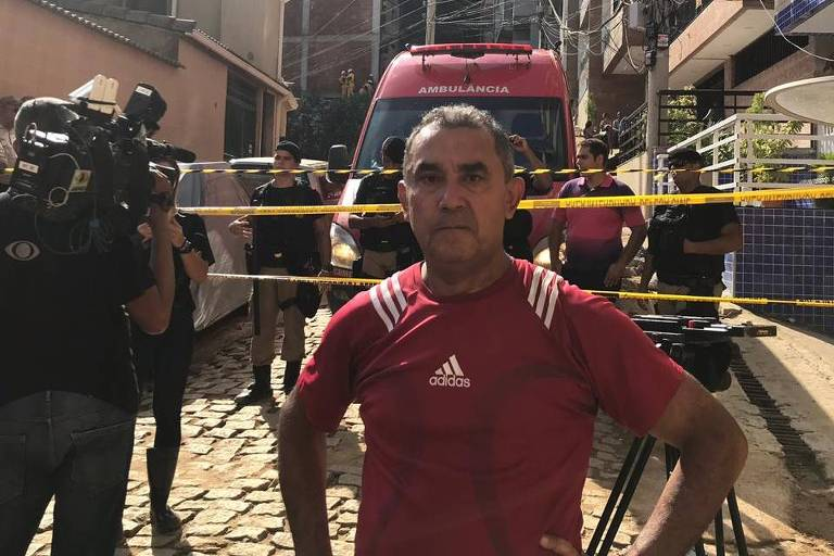 O pedreiro Josué Alves da Rocha, 57, que por pouco não estava no prédio que desabou