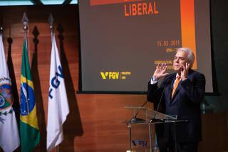 Presidente Da Petrobras Em Seminário De Economia No Rj