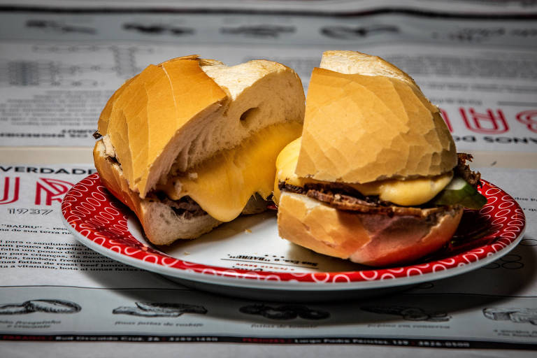 Criado há mais de 80 anos, o sanduíche ganhou diversas versões Brasil afora