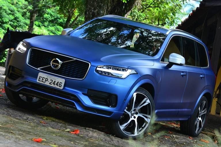 Volvo XC90 ganha versão esportiva R-Design