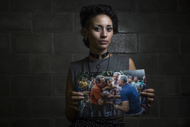 A artesã Eloisa Araújo, 21, que levou um mata-leão de um homem durante ato pró-Lava Jato na avenida Paulista