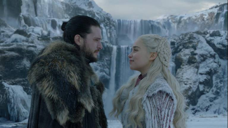 Joe Dempsie e Maisie Williams na oitava temporada de 'Game of Thrones'