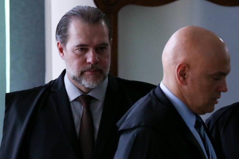 O ministro Dias Toffoli e o colega Alexandre de Moraes, no STF