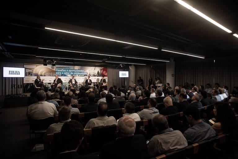 Seminário Oportunidades no Mercado de Combustíveis do Brasil, realizado pela Folha com patrocínio da Plural