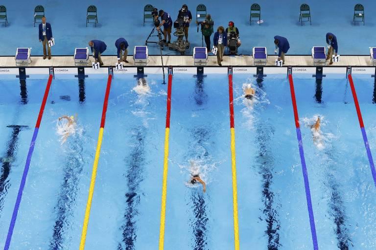 Prova dos 1.500 m livre na Olimpíada do Rio, quando as finais foram disputadas à noite