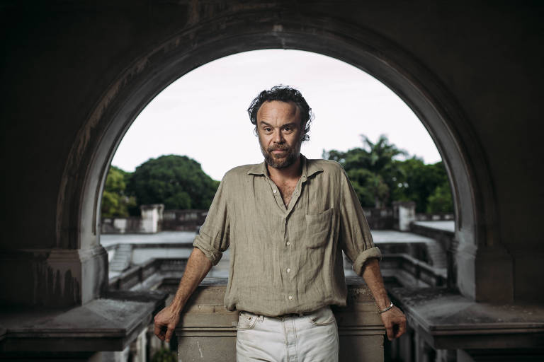 Rodrigo Amarante no Parque Lage