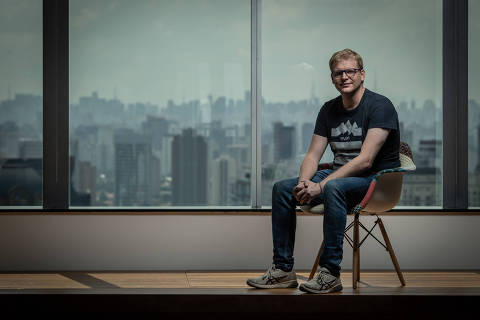 SÃO PAULO, SP, BRASIL, 12-04-2019: Retrato de Thomas Barth, head de pagamentos do Grupo Movile. (Foto: Bruno Santos/ Folhapress) *** FSP-ESPECIAIS *** EXCLUSIVO FOLHA***